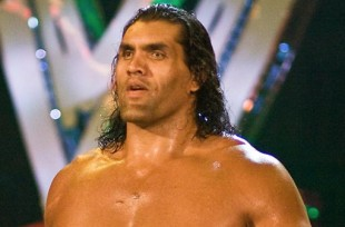 Wrestlezone image The Latest on Great Khali's WWE Status, WWE Hall of Famer Making In-Ring Return, Jason Jordan with Kurt Angle's Family at Raw (Photo)