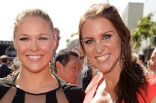 Wrestlezone image Ronda Rousey Signs Full-Time Deal With WWE; Rousey Comments