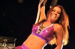 Wrestlezone image Madison Rayne Signs With Ring Of Honor