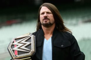 Wrestlezone image AJ Styles Interacts With His Youngest Fans (Video); SummerSlam GIFs On WWE's GIPHY Channel